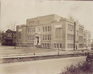 Stephen D. Lee High School with the Lee Home on the left c. 1920